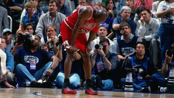 michael-jordan-wearing-air-jordan-12-flu-game-750x422